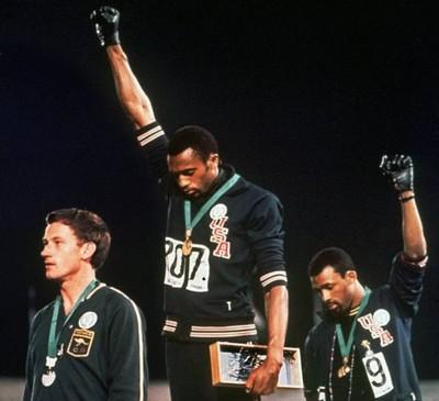 Saludo del Poder Negro - Black Power